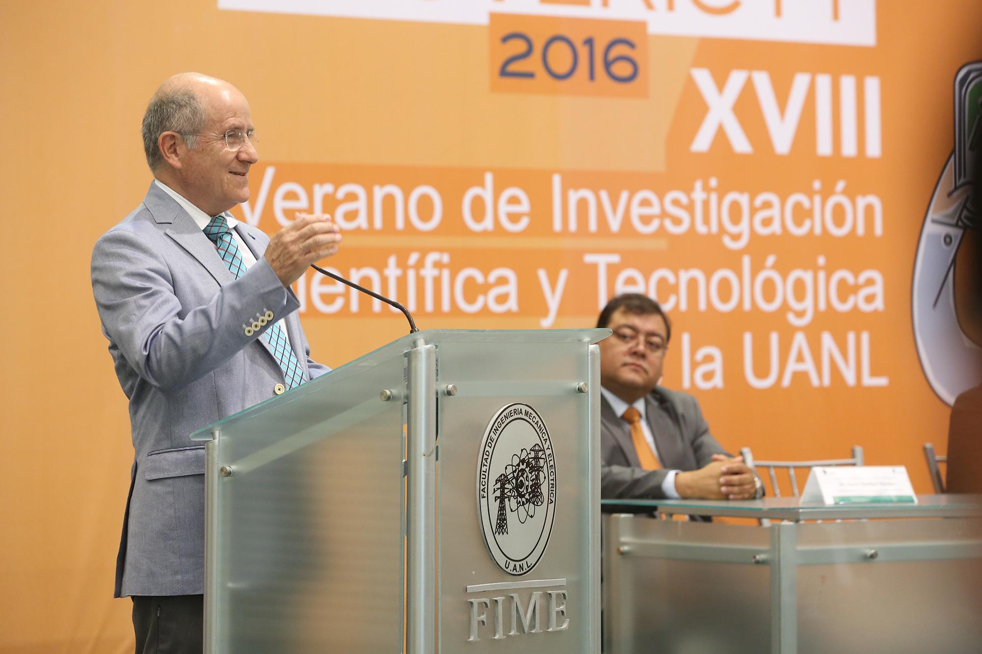 Dr Ricardo Viramontes
